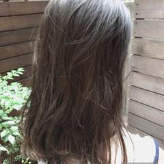 かっこいい ナチュラル フェミニン ミディアム ヘアスタイルや髪型の写真・画像