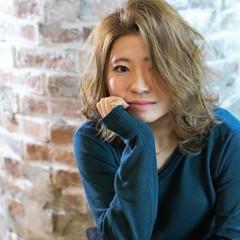 ミディアム ハイライト 外国人風 大人かわいい ヘアスタイルや髪型の写真・画像