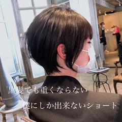 ショートボブ ベリーショート ナチュラル インナーカラー ヘアスタイルや髪型の写真・画像