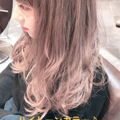 フェミニン 謝恩会 ロング 外国人風カラー ヘアスタイルや髪型の写真・画像