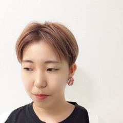 スポーツ 刈り上げ ダブルカラー 大人女子 ヘアスタイルや髪型の写真・画像