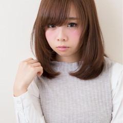 ストレート モテ髪 ミディアム 愛され ヘアスタイルや髪型の写真・画像