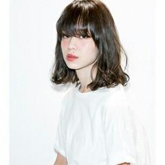 ストリート 前髪あり 黒髪 ミディアム ヘアスタイルや髪型の写真・画像
