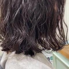 ゆるふわパーマ フェミニン 無造作パーマ スパイラルパーマ ヘアスタイルや髪型の写真・画像