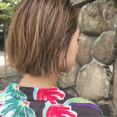 秋 ナチュラル 切りっぱなし 外ハネ ヘアスタイルや髪型の写真・画像