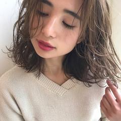 ヘアアレンジ アウトドア フェミニン デート ヘアスタイルや髪型の写真・画像