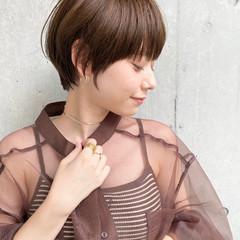 ショートヘア ベージュ ショートボブ ショート ヘアスタイルや髪型の写真・画像