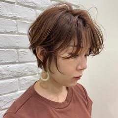 マニッシュ ナチュラル 前髪あり 抜け感 ヘアスタイルや髪型の写真・画像