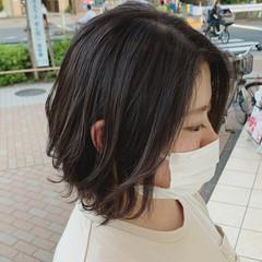 ミニボブ インナーカラー ショートヘア ショートボブ ヘアスタイルや髪型の写真・画像