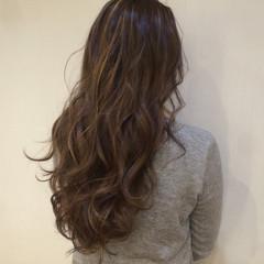グラデーションカラー イルミナカラー ハイライト ローライト ヘアスタイルや髪型の写真・画像