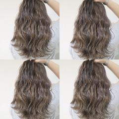 ハイライト 外国人風カラー 上品 ウェーブ ヘアスタイルや髪型の写真・画像