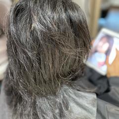 セミロング エレガント 髪質改善 ヘナカラー ヘアスタイルや髪型の写真・画像