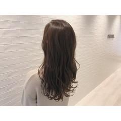 オフィス ナチュラル アウトドア セミロング ヘアスタイルや髪型の写真・画像