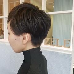 ショート 大人女子 モード 刈り上げ ヘアスタイルや髪型の写真・画像