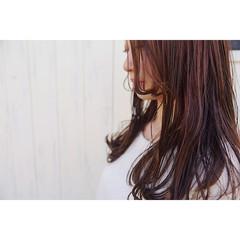艶髪 大人かわいい ボルドー フェミニン ヘアスタイルや髪型の写真・画像