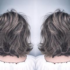 ボブ ナチュラル ウェーブ 外国人風 ヘアスタイルや髪型の写真・画像