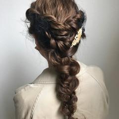 結婚式ヘアアレンジ 結婚式 簡単ヘアアレンジ フェミニン ヘアスタイルや髪型の写真・画像