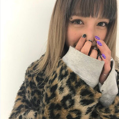 外国人風カラー ミディアム グラデーションカラー ミルクティーベージュ ヘアスタイルや髪型の写真・画像