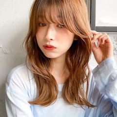 くびれカール パーマ ミディアム デジタルパーマ ヘアスタイルや髪型の写真・画像