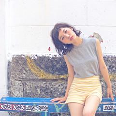 くせ毛風 ガーリー 外国人風 ワイドバング ヘアスタイルや髪型の写真・画像