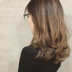 コンサバ 重ため ハイライト ダブルカラー ヘアスタイルや髪型の写真・画像