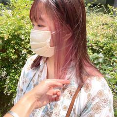 インナーカラー ブリーチカラー インナーピンク ピンクラベンダー ヘアスタイルや髪型の写真・画像