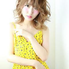 ピュア ミディアム ナチュラル 渋谷系 ヘアスタイルや髪型の写真・画像