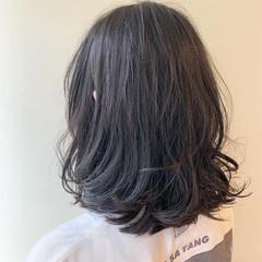デート レイヤーボブ オフィス ロブ ヘアスタイルや髪型の写真・画像