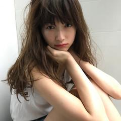 パーマ 透明感 セミロング 秋 ヘアスタイルや髪型の写真・画像