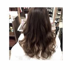 ナチュラル グラデーションカラー ガーリー ブラウンベージュ ヘアスタイルや髪型の写真・画像