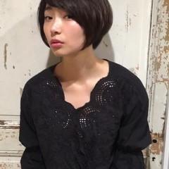 ナチュラル ショートボブ リラックス 大人女子 ヘアスタイルや髪型の写真・画像