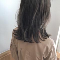 秋 外ハネ ミディアム ボブ ヘアスタイルや髪型の写真・画像