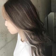 ナチュラル 3Dハイライト ハイライト 派手髪 ヘアスタイルや髪型の写真・画像