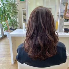 大人ミディアム ピンクブラウン セミロング フェミニン ヘアスタイルや髪型の写真・画像