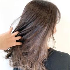 ミルクティーベージュ ガーリー ホワイトベージュ セミロング ヘアスタイルや髪型の写真・画像