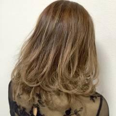 大人かわいい ゆるふわ ミディアム ガーリー ヘアスタイルや髪型の写真・画像