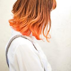 ブリーチオンカラー ミディアム ガーリー ブリーチカラー ヘアスタイルや髪型の写真・画像