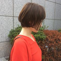ショート 女子会 ナチュラル イルミナカラー ヘアスタイルや髪型の写真・画像