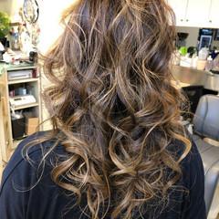 大人ハイライト 外国人風カラー エレガント 透け感ヘア ヘアスタイルや髪型の写真・画像