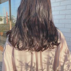 ナチュラル 透明感カラー グレーアッシュ 透明感 ヘアスタイルや髪型の写真・画像