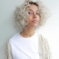 ブリーチ 秋 ボブ 透明感 ヘアスタイルや髪型の写真・画像