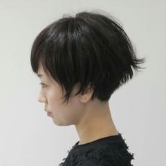 ショート 暗髪 冬 モード ヘアスタイルや髪型の写真・画像