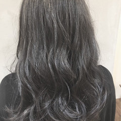 ウェーブ セミロング アンニュイ 外国人風 ヘアスタイルや髪型の写真・画像