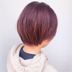 ベリーピンク ピンクパープル ショートボブ ショート ヘアスタイルや髪型の写真・画像