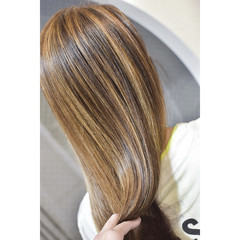 3Dハイライト ロング 白髪染め ハイライト ヘアスタイルや髪型の写真・画像