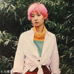 ベージュ ピンク ストリート ブリーチ ヘアスタイルや髪型の写真・画像