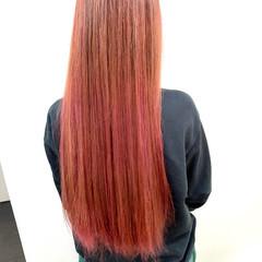 髪質改善カラー ロング ピンク ピンクカラー ヘアスタイルや髪型の写真・画像