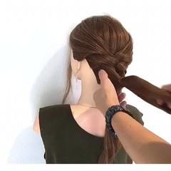 アウトドア フェミニン ロング 簡単ヘアアレンジ ヘアスタイルや髪型の写真・画像