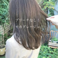 グレージュ ヘアカラー ベージュ セミロング ヘアスタイルや髪型の写真・画像