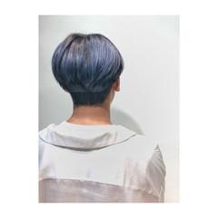 ストリート 秋 シルバーアッシュ ショート ヘアスタイルや髪型の写真・画像